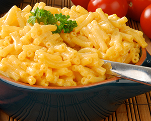 Creamy macaroni and cheese in the bowl